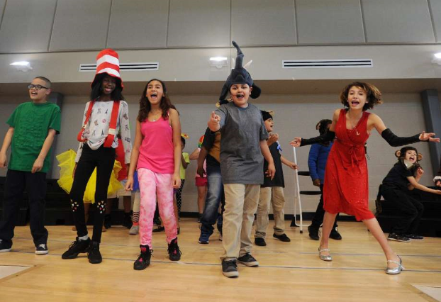Arts program helps students 'break a leg' in Bridgeport