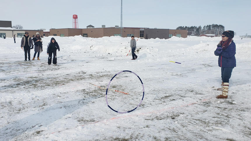 'Turnaround' artist tours Red Lake Middle School